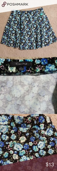 😍NWT TIMING FLORAL SKATER SKIRT SIZE L😍 NWT Timing floral skater skirt size L. Floral pattern🌹.All my items come from smoke and pet free home😗 Timing Skirts Circle & Skater