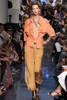 jean paul gaultier9 Jean Paul Gaultier Spring 2012 | Paris Fashion Week