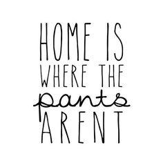 115 vind-ik-leuks, 3 reacties - Sam Darling (@myabysslife) op Instagram: 'day off got me like...🙅👖 #homeiswherethepantsarent #nopants #dayoffswag #friday #happiness'