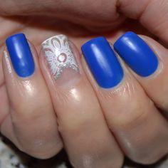 #bluenails