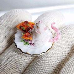 NICO.KUNST OOAK Dollhouse Miniature, Hungry mice with pizza Animals Pet 1:12  #NICOKUNST