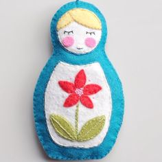 embroidered felt matryoshka doll ornament template and tutorial