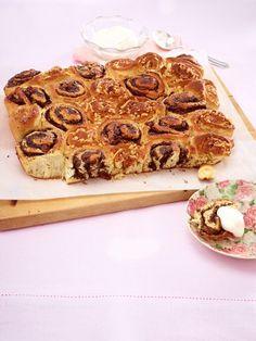 Nicht nur pur, sondern auch zum Verfeinern kleiner Kuchenkreationen ein Genuss. Vom Blech, aus der Muffinform oder als Hefezopf -