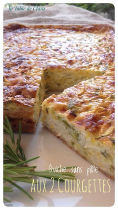 Quiche with out dough with 2 courgettes Quiche Lorraine, Zucchini Quiche, Anti Gravity Cake, Healthy Omelette, Tupperware Recipes, Good Food, Yummy Food, Flan, Side Dishes