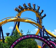 Six Flags Great America & Hurricane Harbor provides over 60 thrilling attractions including roller coasters, family friendly rides, and water rides that are a sure-fire way to beat the heat and have some fun during your Chicago vacation.