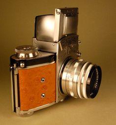 Ihagee EXAKTA VX camera with Tessar lens