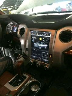This radio can be installed in Toyota Tundra 2014 - Stunning, feature-rich. Retain most OEM features. Toyota Tundra Lifted, Toyota Tundra Crewmax, 2014 Toyota Tundra, Toyota 4runner Trd, 2017 Tundra, Tacoma Toyota, Maserati, Bugatti, Volkswagen Amarok