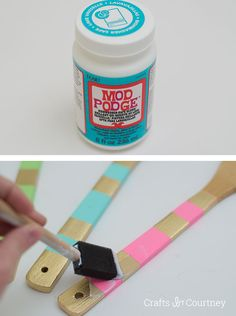 Use Dishwasher Safe Mod Podge for this unique wooden spoon makeover - these are so colorful and make great gifts! Wooden Spoon Crafts, Wooden Diy, Wood Crafts, Diy Crafts, Spoon Art, Wood Spoon, School Christmas Gifts, Marker, Painted Spoons