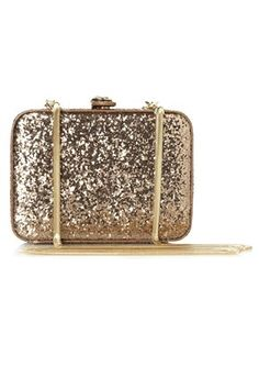 glitter clutch is clutch during the holidays Winter Accessories, Fashion Accessories, Shoes Wedges Boots, Evening Outfits, Diamond Are A Girls Best Friend, Clutch Wallet, Spice Things Up, Purses And Bags, Coin Purses