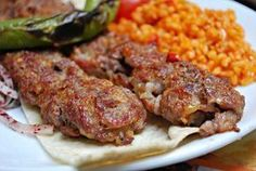 Food Art Et Yemekleri Turkish Recipes, Italian Recipes, Ethnic Recipes, Adana Kebab Recipe, Turkish Kebab, Mother Recipe, Turkish Kitchen, Kebab Recipes, Food Tasting