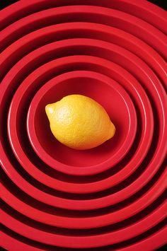 Lemon in red bowls