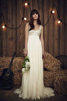 Wedding dress by Jenny Packham from the 2017 Bridal collection. Image courtesy of Jenny Packham. Spring 2017 Wedding Dresses, Country Wedding Dresses, Wedding Dress Trends, Elegant Wedding Dress, Perfect Wedding Dress, Wedding Dress Styles, Bridal Dresses, Summer Wedding, Greek Wedding