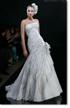This is my wedding dress! I'd choose it again in a heartbeat!