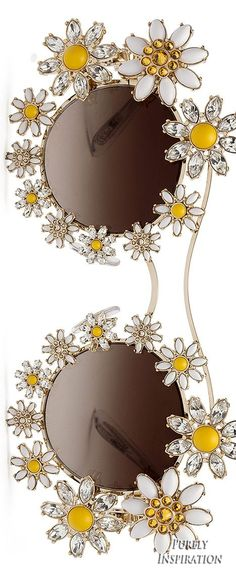 Dolce & Gabbana Women's Metal Sunglasses with Daisy Jewels - Margherite : Eyewear Dolce & Gabbana Cool Sunglasses, Ray Ban Sunglasses, Sunglasses Women, Sunglasses Outlet, Trending Sunglasses, Sunnies, Mirrored Sunglasses, Dolce & Gabbana, Daisy