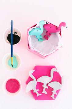 #DIY flamingo balloon weights