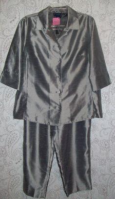 Womens Venezia metallic silver gray Holiday pant suit top blouse 14/16 18/20 set #Venezia #PantSuit