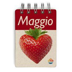 Maggio è il mese delle #fragole...e dell'amore! Consumiamo la frutta di stagione, e godiamoci tanto buon #gelato alla fragola!