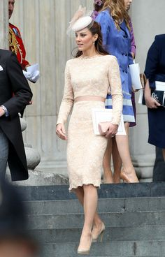 kate middleton wears mcqueen