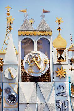 Disneyland It's A Small World
