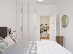 My Scandinavian Home: A white Swedish apartment with an interesting míx