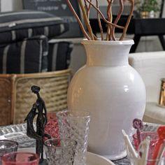 Underbar vit handgjord marockansk Vas från Tine K Home
