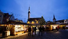 Lumetonkin joulutori voi olla kaunis, jos se tori on Tallinnassa! http://sarrrri.com/2013/12/joulu-tallinnassa/