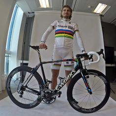 Tinkoff Saxo @tinkoff_saxo .@petosagan with his new kit and bike @sportful @iamspecialized @GoPro pic.twitter.com/xT7ECqNI1e