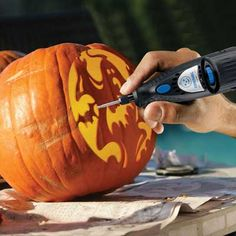 Halloween is just around the corner and a Dremel pumpkin carving tool may be your ideal tool when it comes. Every year, children and adults become pumpkin