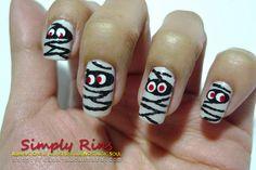 Nail Art Halloween Mummies 07   Flickr - Photo Sharing!