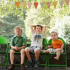 Plan a Fun-Filled Family Reunion: Hang In There (via Parents.com)