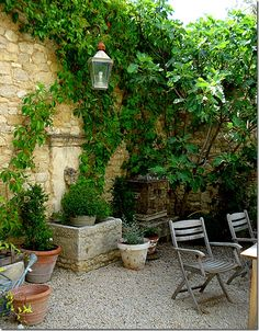 makes me miss France... - via Velvet & Linen (image source cited unknown)