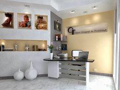 Deixe seu ambiente de trabalho com a elegância de sua casa!  Até hoje sempre postei inspirações e dicas para decorar nossas casas e dei...