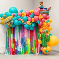 Mexican Birthday Parties, Mexican Fiesta Party, Fiesta Theme Party, Birthday Party Themes, Fiesta Party Decorations, Birthday Balloon Decorations, Birthday Balloons, Mexican Party Supplies, Deco Ballon