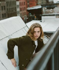 Dylan sprouse is beautiful