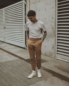 "william on Instagram: ""One from the archive. I haven't had much time or motivation to shoot anything new lately. Times are stressful right now and I hope everyone…"" Japan Men Fashion, Mens Fashion, Khaki Pants Outfit, Smart Casual Men, Fitness Fashion, Menswear, Streetwear Men, Converse 70s, Man Fashion"