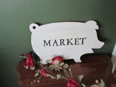 Upcycled Bread Cutting Board Vintage Pig MARKET by LuRuUniques
