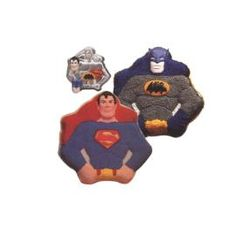 Superman Batman Pan - so excited to make these, so hoping i can handle it! Superman Cakes, Batman And Superman, Comic Book Rooms, Superman Birthday Party, Wilton Cake Decorating, Cookie Decorating, Superhero Cake, Character Cakes, Cakes For Boys