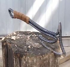 What a wonderful design in many ways - Homemade weapons, Welding projects, Knife Diy knife, Blacksmith projects, Welding – What a wonder -
