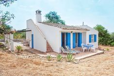 love the blue and white exterior - Algarve Tiny Rural Cottage in Portugal 001 Algarve, Villa, Independent House, Blue Shutters, Rural Retreats, Tiny Cabins, Small Cottages, Bungalows, Natural Building