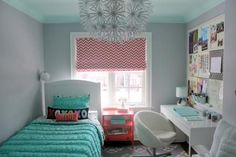 Like the huge bulletin board and the contrasting bed and shade