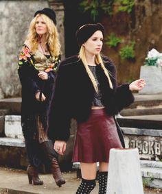 Misty and Madison (Misty's wearing the shawl that Stevie Nicks gave her!) American Horror Story Witches, Emma Roberts, Movies And Tv Shows, Madison Montgomery, Coven Fashion, Fashion Tv, Ahs, Valentino, Dior
