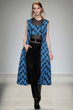 Véronique Leroy | Fall 2014 Ready-to-Wear Collection | Style.com