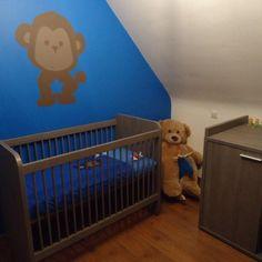 Kinderkamer schilderen kidsroom teddy bear #paint #blue #monkey ...