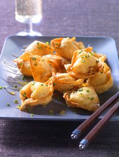Sweet & Crispy Honey Crab Wontons