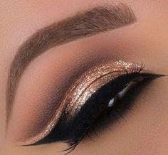 Gold glitter cut crease