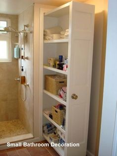 47 Trendy bathroom closet organization diy small spaces the doors Tiny House Storage, Small Bathroom Storage, Bathroom Closet, Tiny House Bathroom, Bathroom Toilets, Wall Storage, Closet Bedroom, Closet Storage, Bedroom Storage