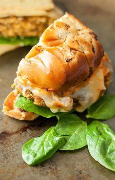 Butternut Black Bean Burgers :: Say hello to your new favorite veggie burger!