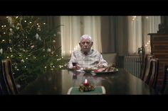 Nesse comercial de Natal, idoso toma atitude drástica para reunir sua família - Blue Bus