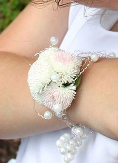 Kompozycje Kwiatowe Dla Świadkowej - Galeria - Forum ślubne - strona 3 • porady, sugestie, pomoc w organizacji wesela - Ślubowisko