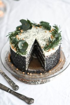 Maková torta s bielou čokoládou - Red velvet blog Poppy Seed Cake, Christmas Inspiration, White Chocolate, Red Velvet, Food And Drink, Christmas Decorations, Desserts, Blog, Cakes
